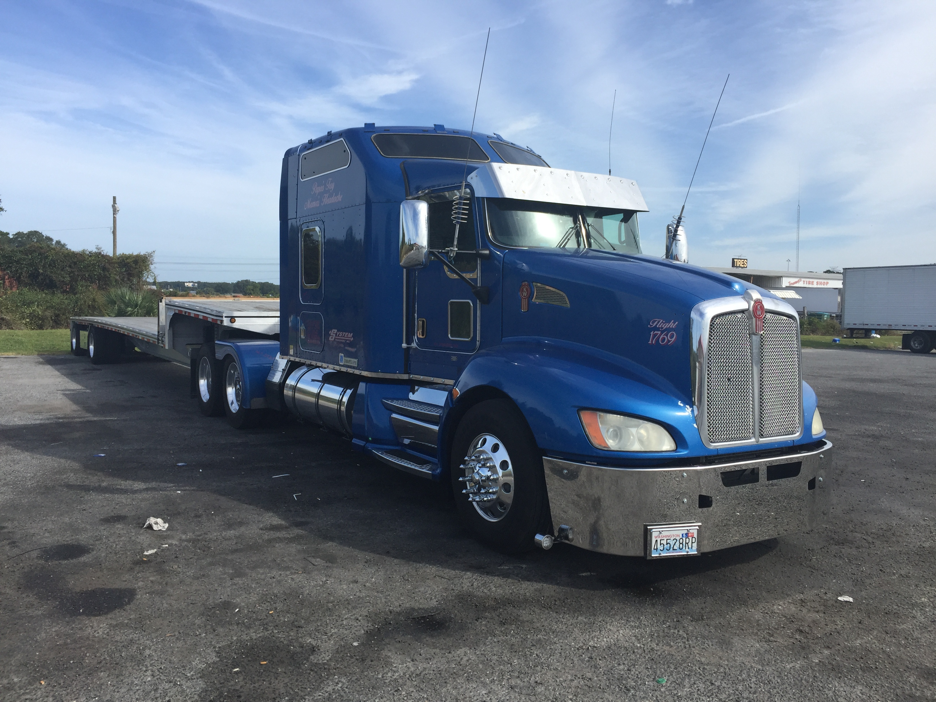Clark's big rig, first picture.