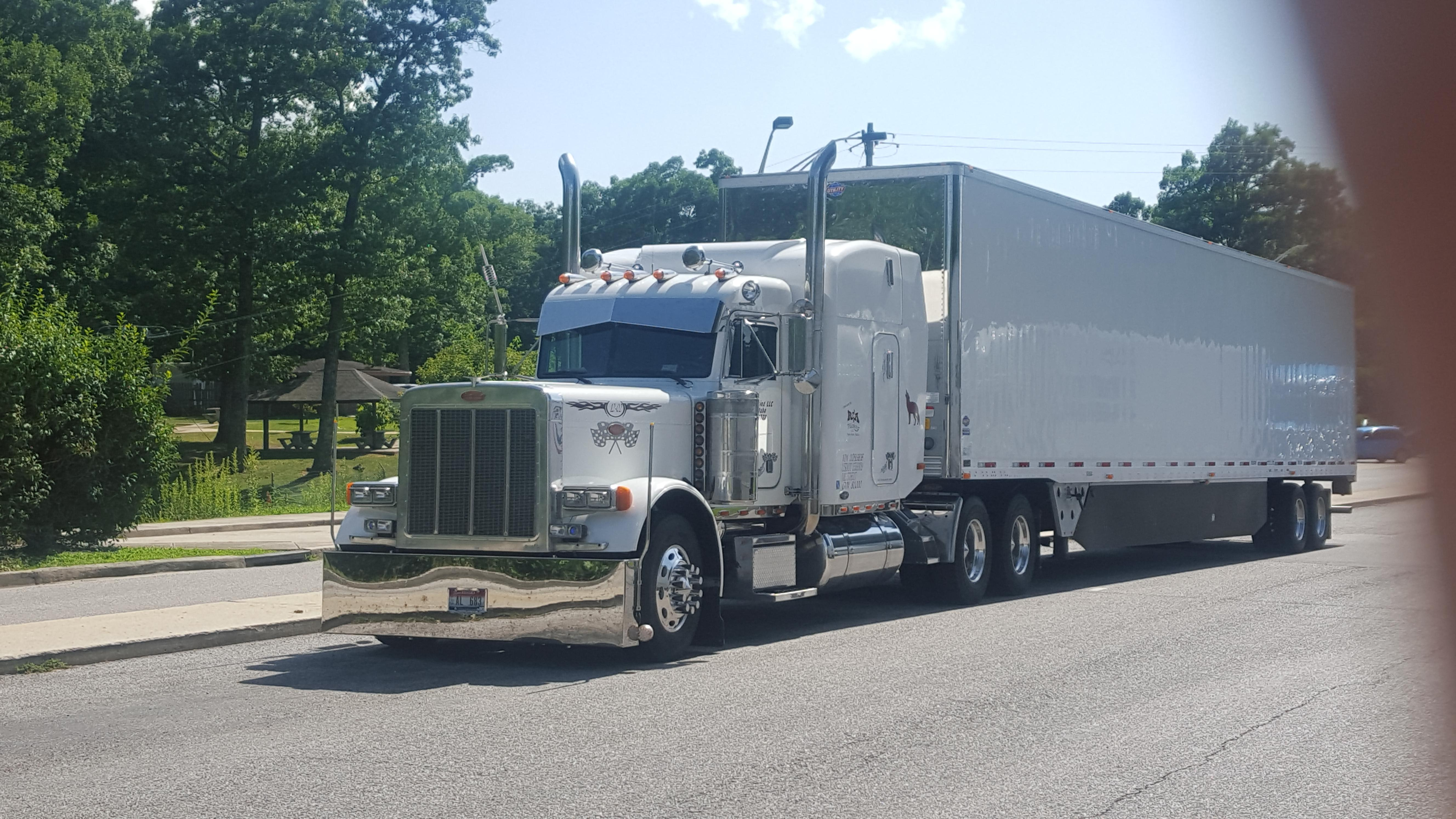 Jerry's big rig, first picture.