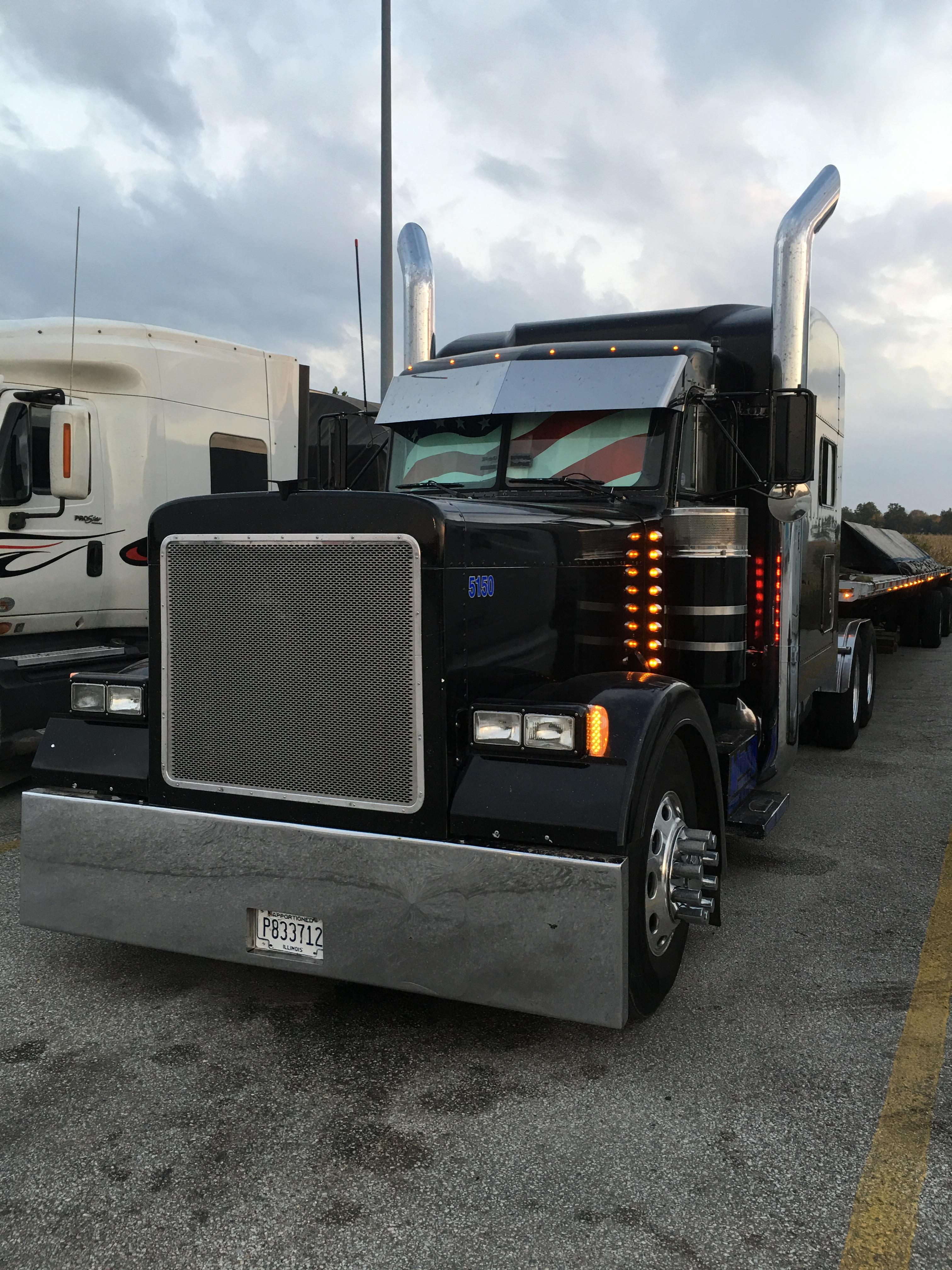 Keith R's big rig, first picture.