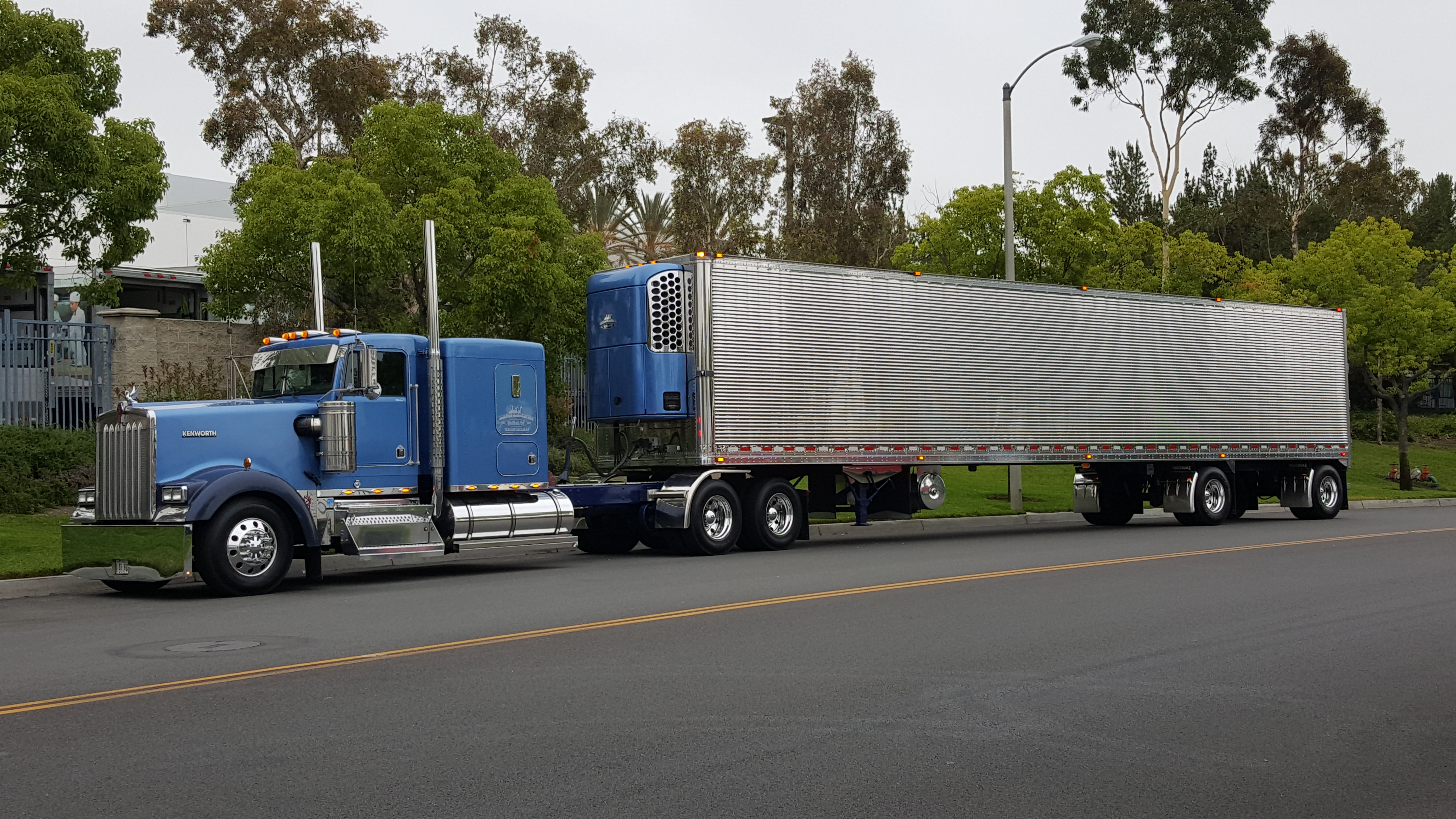 Michael's Mistress big rig, first picture.