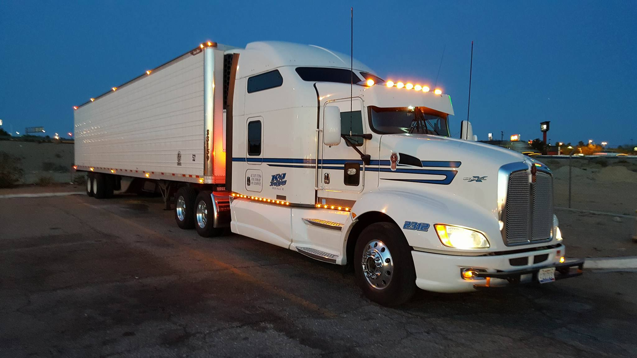 Neal's big rig, first picture.